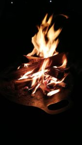 ペトロマックスファイヤーボウルで焚火